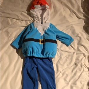 Gnome costume size 6/9 months